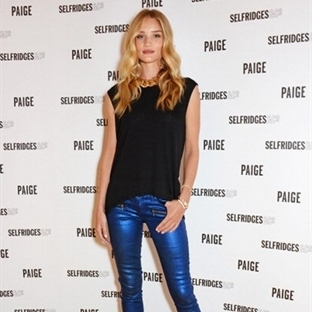 Rosie Huntington Whiteley Paige'in Yüzü Olacak
