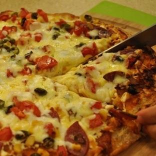 Salamlı Ramazan Pizzası Tarifi