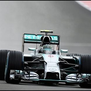 Silverstone'daki 50. Yarış İçin Pole Rosberg'in!!