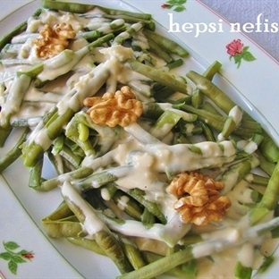 tahinli taze yeşil börülce salatası tarifi