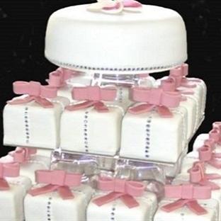 Yaz Düğünü İçin Pasta Modelleri