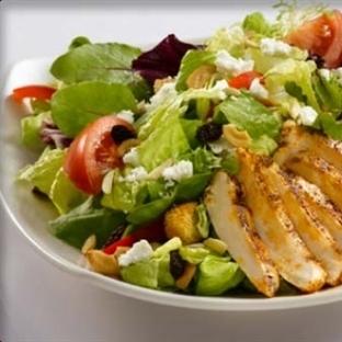 Zayıflamak İsteyenlere Kalorisi Düşük Diyet Salata