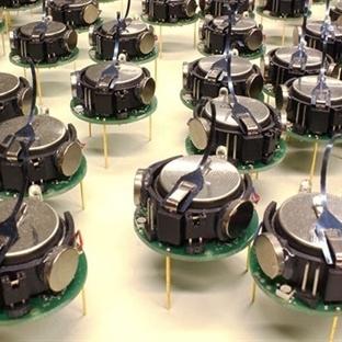 1024 Robotluk Sürü Anlaşarak Birlikte Çalışıyor