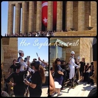 6000 Gönüllüyle Atatürk Portresi