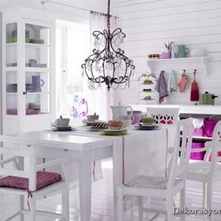 Beyaz Yemek Masaları