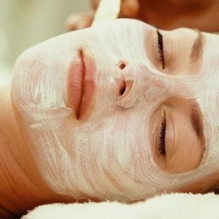 Bitkisel maskeler ile cildinizi koruyun