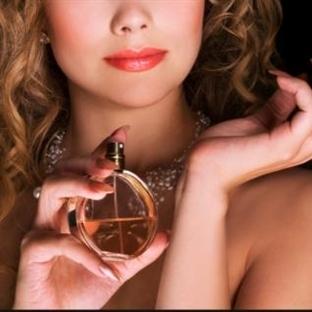 En Kalıcı 10 Bayan Parfümü