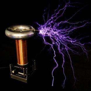 Evde Müzik Yapmak İçin tinyTesla Tesla Bobini