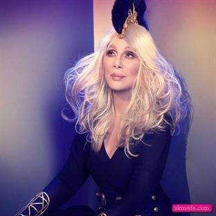 """Gercek Bir Diva """"Cher"""" Mercek Altında"""