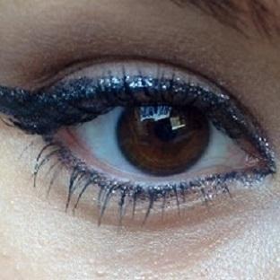 Glitter Eyeliner / Parıltılı Eyeliner