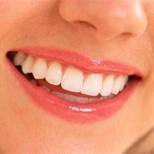 Menopoz döneminde diş bakımı