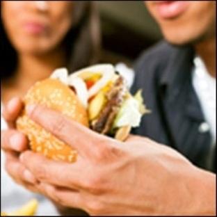 Öğle Yemekleri Neden Şişmanlatır?