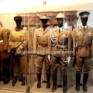 Paris Askeri Müzesi