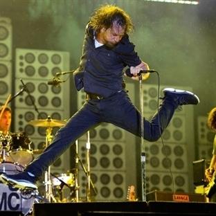 Pearl Jam'in son harikası: Lightning Bolt!