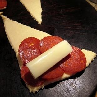 Sucuklu Ekmek Ruloları Tarifi