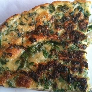 Taze Otlu Pizza Tarifi