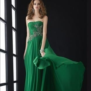 Zümrüt Yeşili Yazlık Abiye Elbise Modelleri