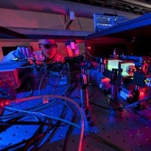 2 Boyutlu Hologram Bir Evrende Mi Yaşıyoruz ?