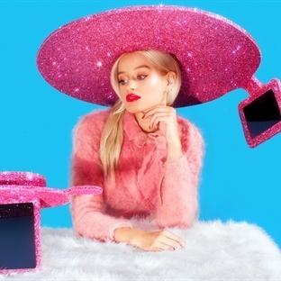 Acer'dan Şaka Gibi Selfie Şapkası