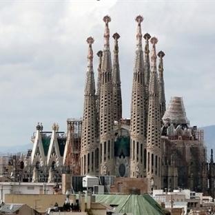 Barcelona Sagrada Familia Kilisesi