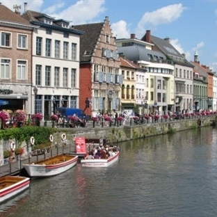Belçika'nın Orta Çağ Şehri, Kaleleriyle GENT
