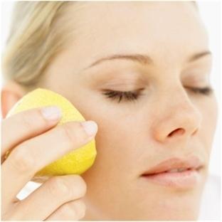 Cilt Lekeleri İçin Limon Maskesi