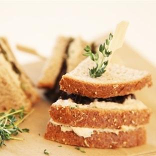 Çocukların beslenme çantası ekmeksiz olmaz