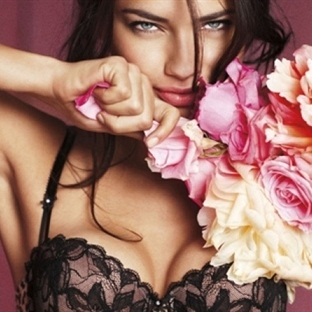 Güzel göğüsler için ne yapmalı