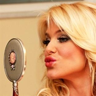Güzel ve dolgun dudaklar için bunlara dikkat!