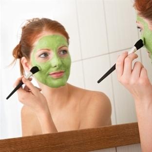 Kolayca Yapabileceğiniz Yüz Maskeleri