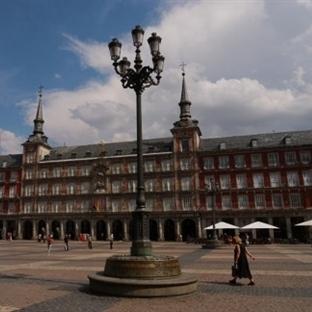 Madrid Puerta Del Sol Meydanı