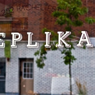 Montreal ve Cafe Replika