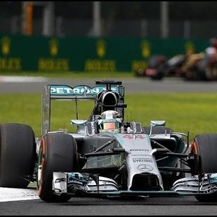 Monza'da Pole Lewis Hamilton'un !!