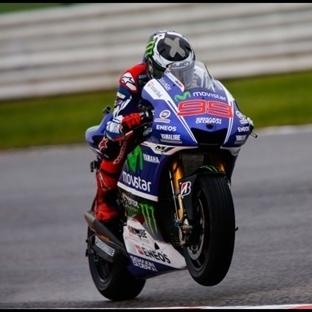 MotoGP: Aragon'da Yağmurla Gelen Zafer - Lorenzo !