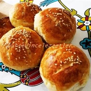Peynirli Mini Kolay Ekmek Poğaçalar