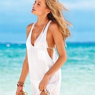 Plaj Elbiselerinde Victoria Secret Rüzgarı