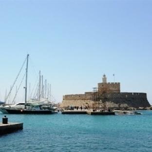 <span>Rodos Mandraki Limanı</span>