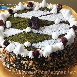 Tencere Keki ile Puding Kremalı Pasta