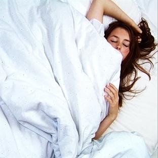 Uyuyarak zayıflayabilirsiniz!