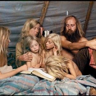 1970'ler Amerika'sının hippi komünlerinden renkli