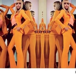70lerin divası Emilio Pucci kampanyasında