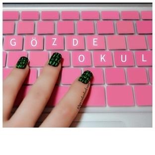 Binary nail art - Teknoloji tutkunlarına (video)
