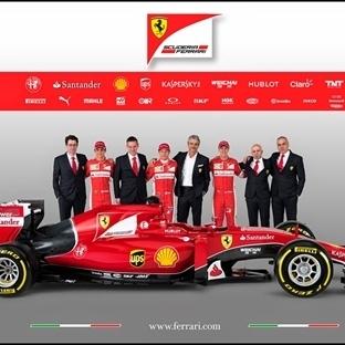 Ferrari SF15-T'nin Örtüsünü İndirdi