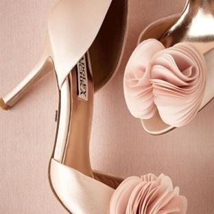 Gelin Ayakkabılarında Renkli Tasarımlar