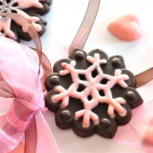 Kar Desenli Çikolatalı Kurabiye Tarifi
