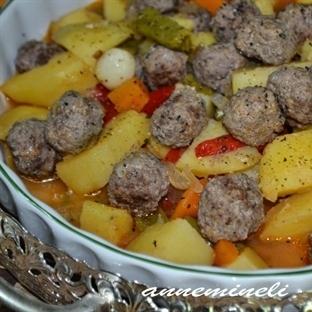 Köfteli Patates Yemeği