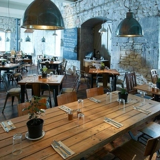Londra'da River Cottage Canteen Aydınlatma