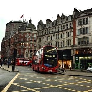 Londra - Kırmızının En Çok Yakıştığı Şehir