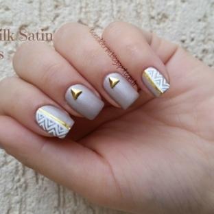 Nail Art & Flormar Silk Satin - Mini Dress
