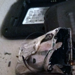 Samsung Galaxy S3 bomba gibi patladı